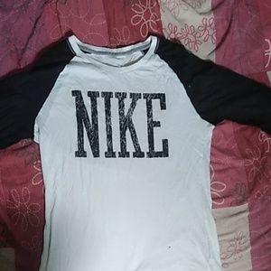 Nike Slim fit Shirt